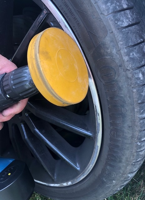 Adhesive Eraser Wheel in action